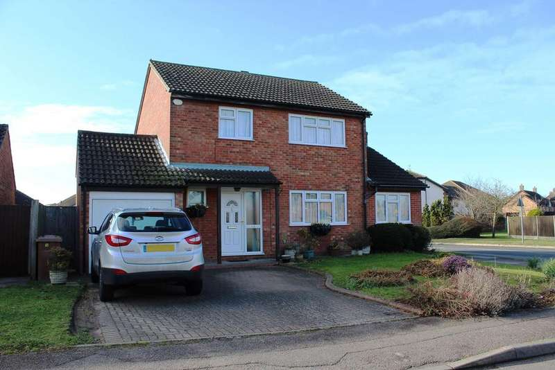 4 Bedrooms Detached House for sale in Barley Rise, Baldock, SG7