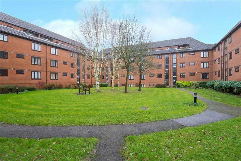 2 Bedrooms Apartment Flat for sale in The Forresters, Eastcote