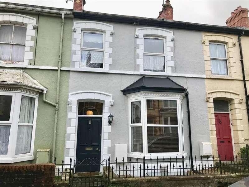 3 Bedrooms Terraced House for sale in Alan Road, Llandeilo