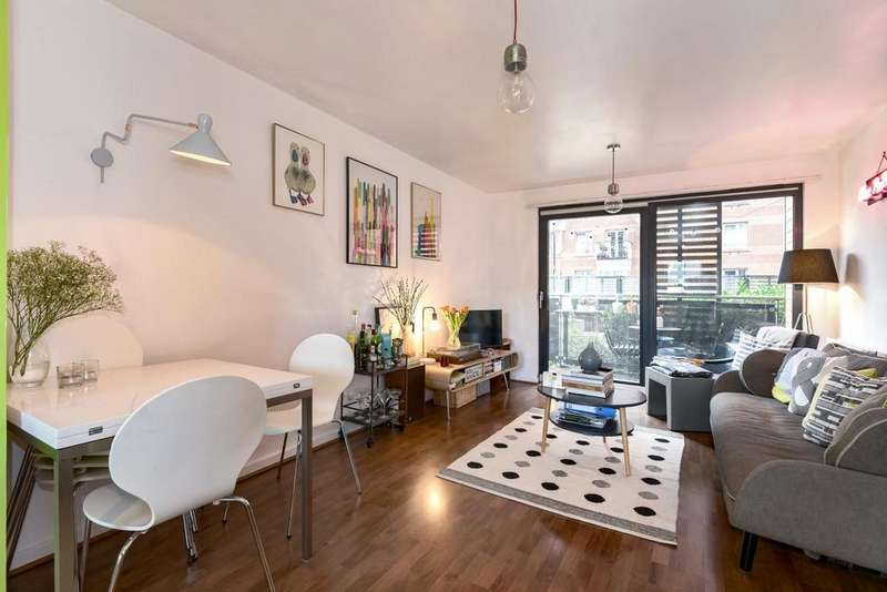 1 Bedroom Flat for sale in Hornsey Street, Holloway