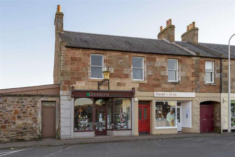 3 Bedrooms Flat for sale in High Street, Elie