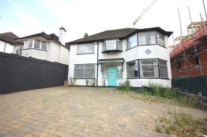 5 Bedrooms Detached House for sale in Wickliffe Avenue, Finchley, N3