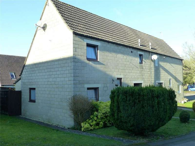 4 Bedrooms Semi Detached House for sale in Fosse Close, Cirencester, GL7