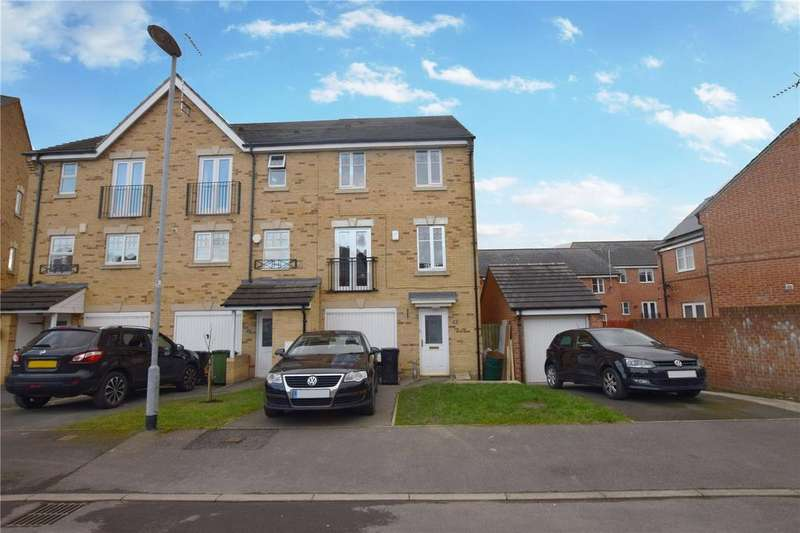 4 Bedrooms End Of Terrace House for sale in Digpal Road, Churwell, Morley, Leeds, LS27