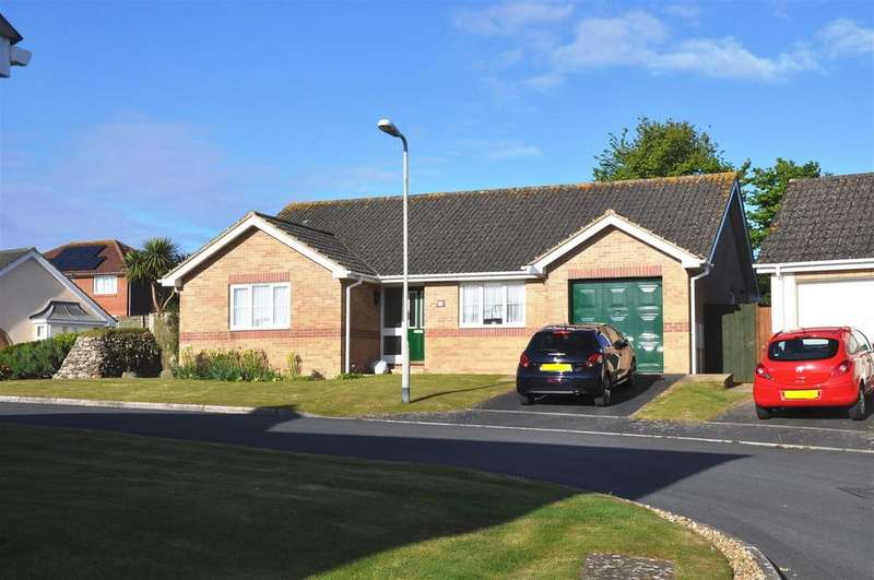 3 Bedrooms Detached Bungalow for sale in Blyth Court, Bideford