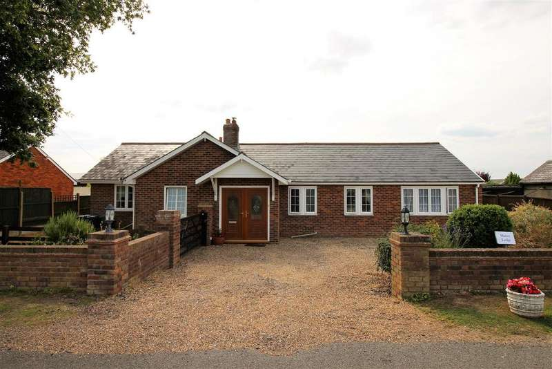 4 Bedrooms Detached Bungalow for sale in Manor Road, Dengie, Southminster