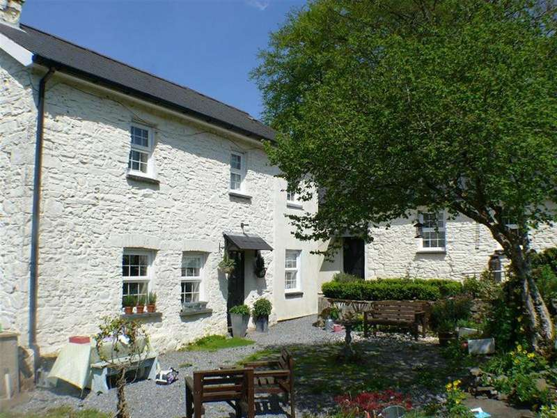 4 Bedrooms Smallholding Commercial for sale in Talley, Llandeilo