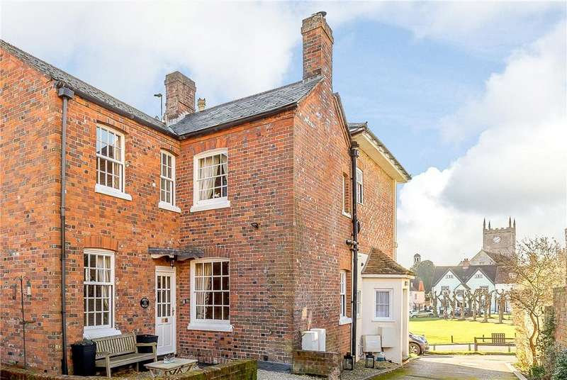 3 Bedrooms Semi Detached House for sale in The Green, Marlborough, Wiltshire, SN8