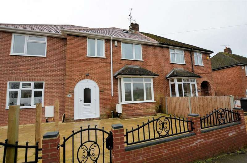 3 Bedrooms Terraced House for sale in Links Drive, Tilehurst, Reading