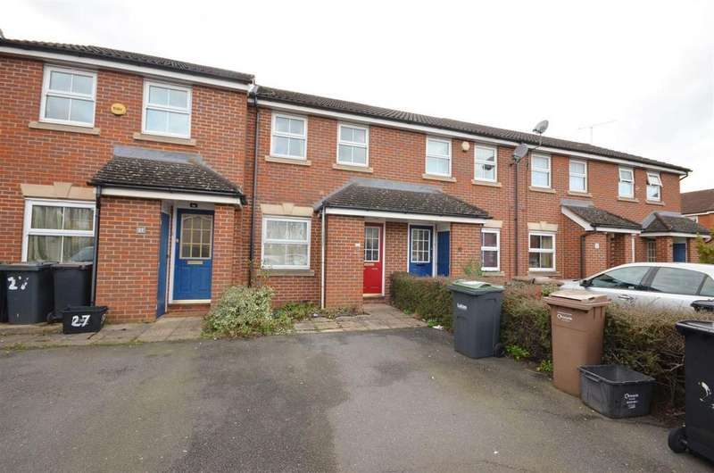 2 Bedrooms Terraced House for rent in Close to Leagrave Station