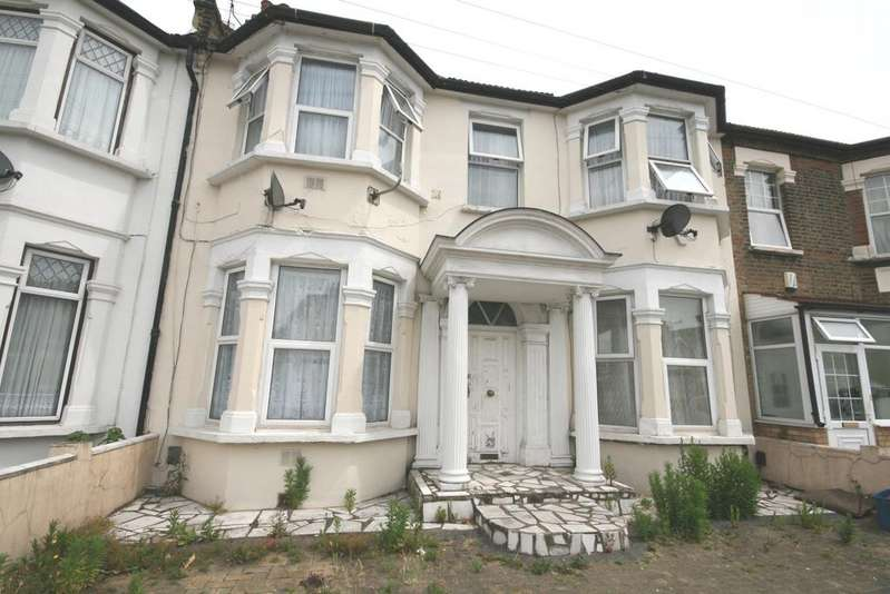 1 Bedroom Flat for sale in Brisbane Road, Ilford IG1