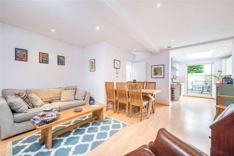 2 Bedrooms Flat for sale in Pagoda Avenue, Richmond, Surrey