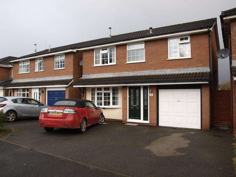4 Bedrooms Detached House for sale in Lavender Drive, Northwich, CW9 7EQ