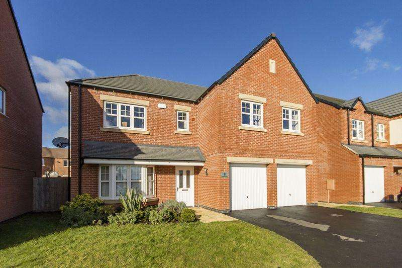 5 Bedrooms Detached House for sale in Richardson Way, Derby