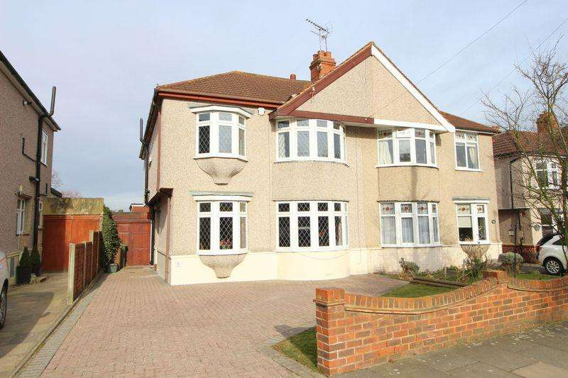 4 Bedrooms Semi Detached House for sale in Chatsworth Avenue, Sidcup, DA15 9BS