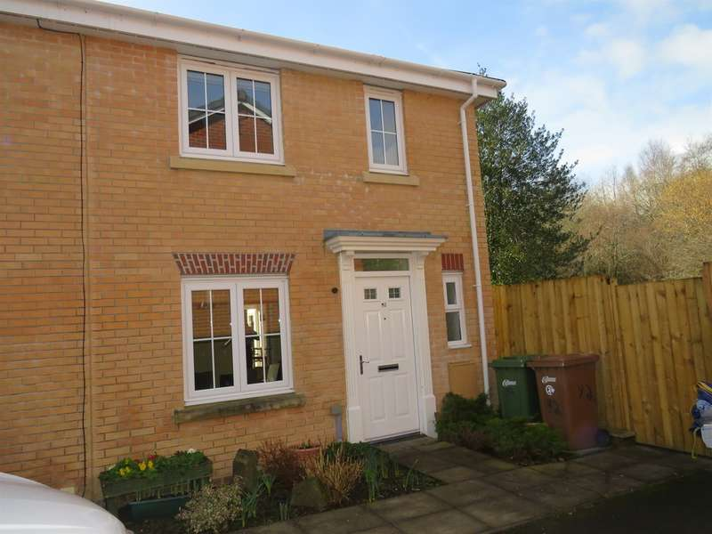 3 Bedrooms Semi Detached House for sale in Woodside Drive, Newbridge, Newport
