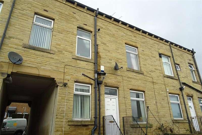 2 Bedrooms Terraced House for sale in Harriet Street, Bradford, West Yorkshire, BD8