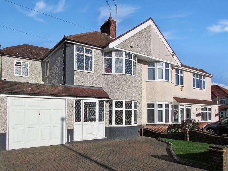 4 Bedrooms Semi Detached House for sale in Steynton Avenue, Bexley