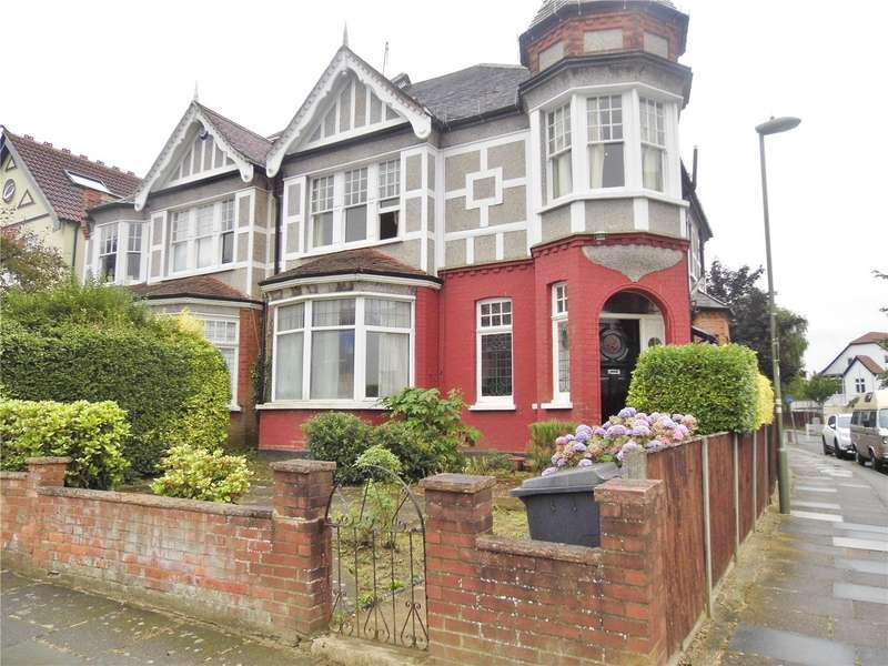4 Bedrooms Maisonette Flat for sale in Mountfield Road, Finchley, London, N3