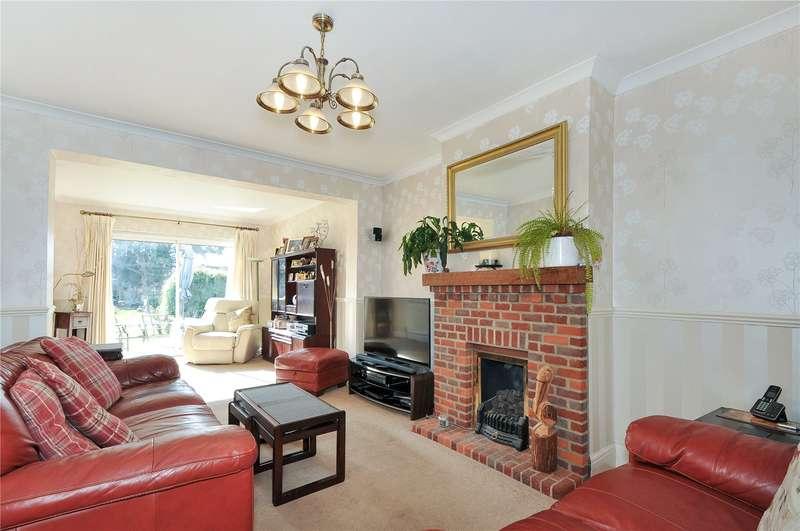 3 Bedrooms Semi Detached House for sale in Denham Way, Denham, Uxbridge, Middlesex, UB9