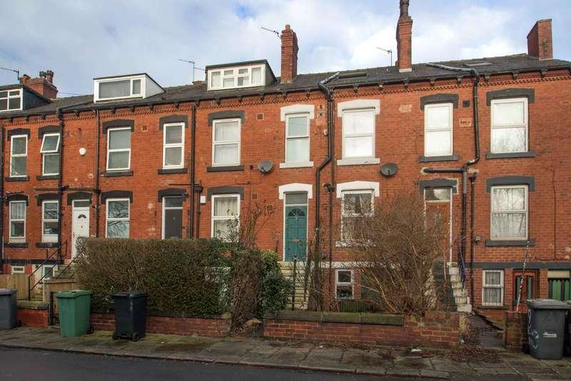 2 Bedrooms Terraced House for sale in Beechwood Row, Burley, Leeds 4