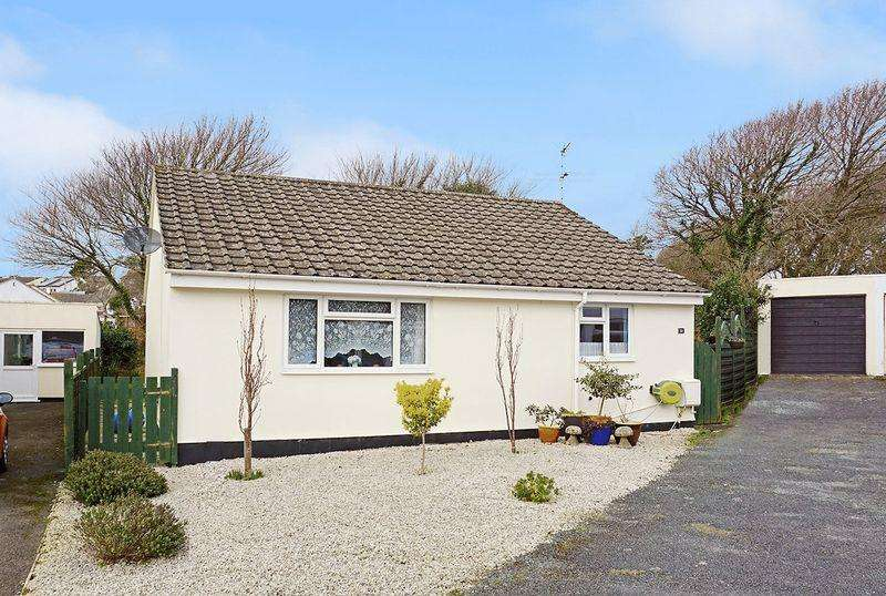 3 Bedrooms Detached Bungalow for sale in Hallett Way, Bude