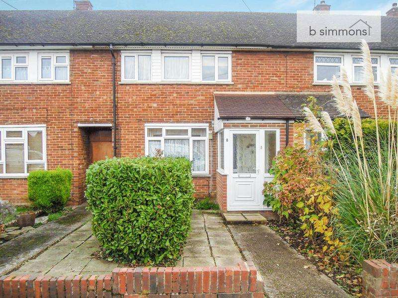 3 Bedrooms Terraced House for sale in Fox Road, Langley