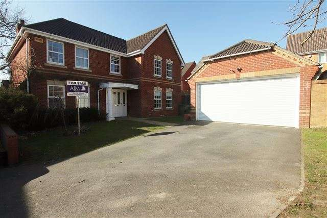 5 Bedrooms Detached House for sale in Skye Close, Cosham, Portsmouth, Hampshire, PO6 3LT