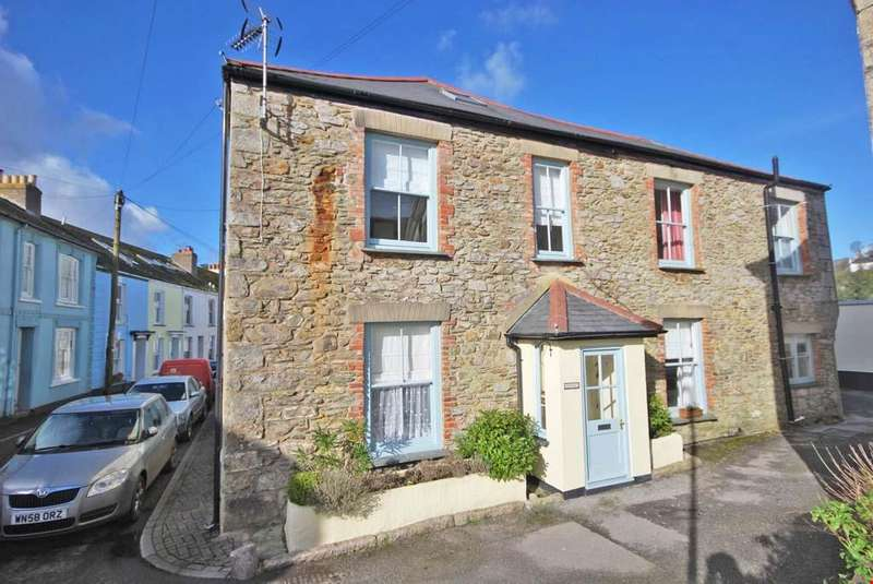 2 Bedrooms Terraced House for sale in Flushing, Nr. Falmouth, South Cornwall, TR11