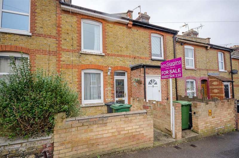 2 Bedrooms Terraced House for sale in Pope Street, Maidstone, Kent, ME16