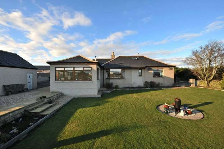 3 Bedrooms Detached House for sale in Shelda Croft, Keith, Keith, Moray, AB55