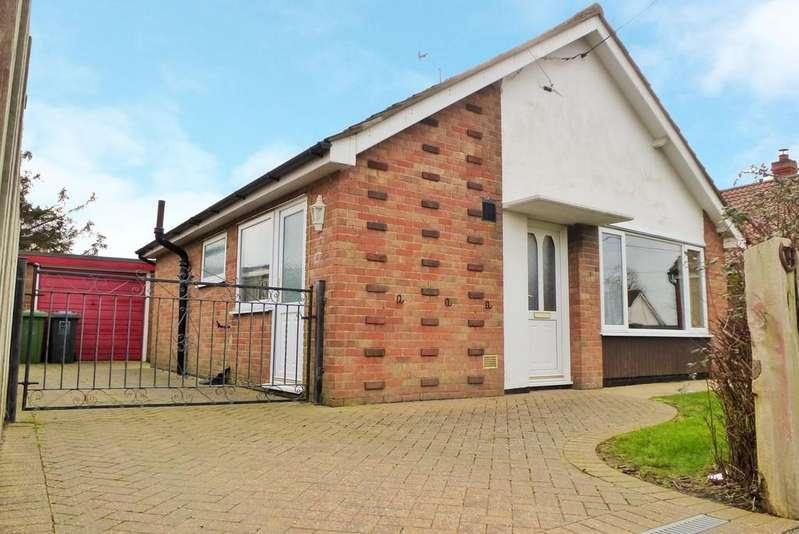 2 Bedrooms Detached Bungalow for sale in Trimingham