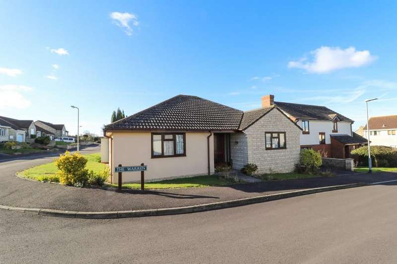 3 Bedrooms Detached Bungalow for sale in The Warren, Street