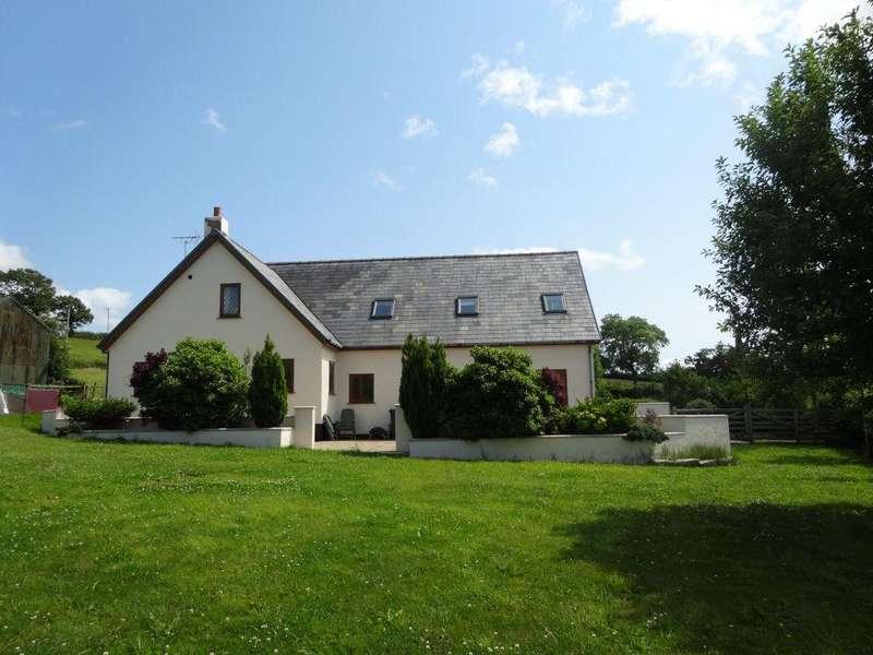 5 Bedrooms Detached House for sale in Cefn Berian, Llannefydd