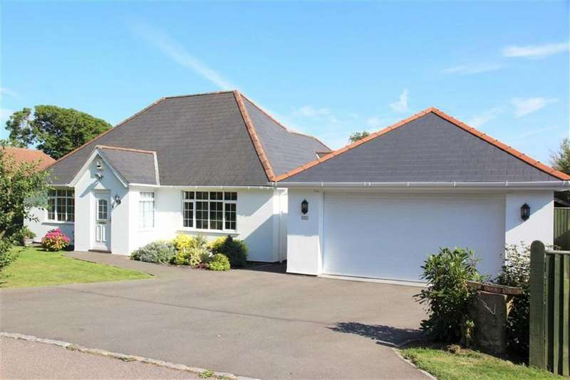 3 Bedrooms Detached Bungalow for sale in Hill Road, Fairlight