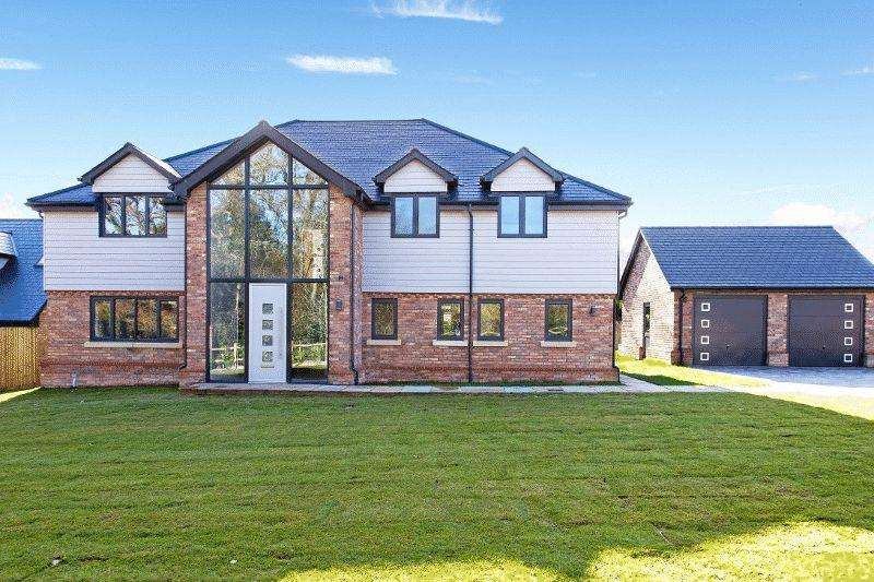 4 Bedrooms Detached House for sale in Cuckfield Road, Ansty