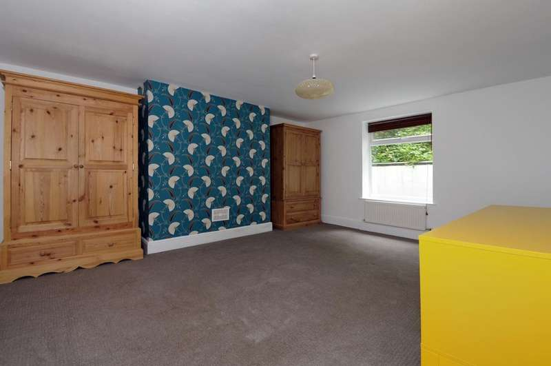 2 Bedrooms Apartment Flat for rent in Thicket Road Anerley SE20