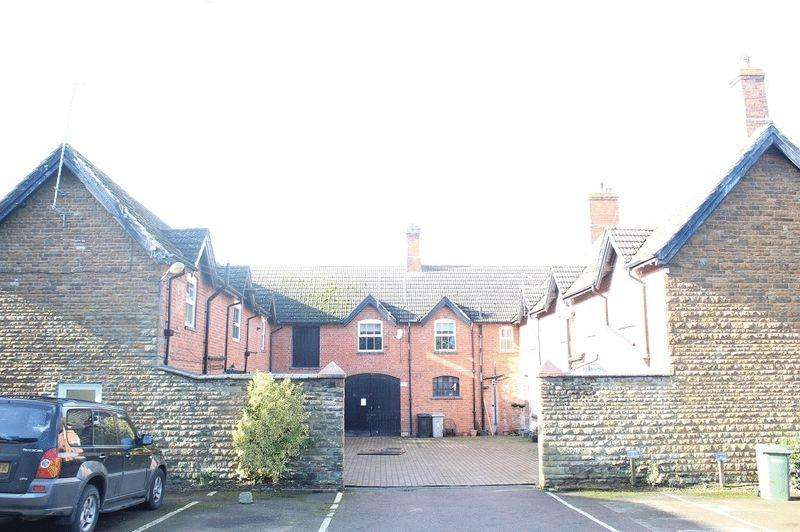 3 Bedrooms Detached House for sale in Langham