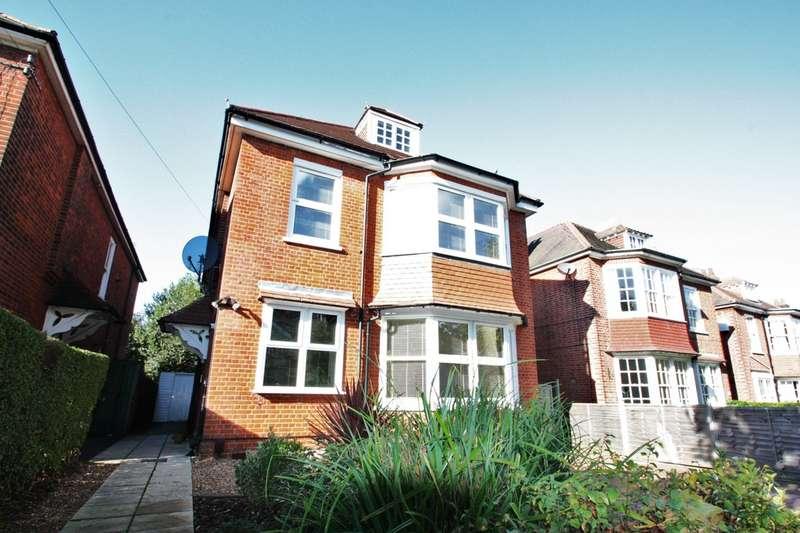 2 Bedrooms Flat for sale in Northampton Road, East Croydon CR0