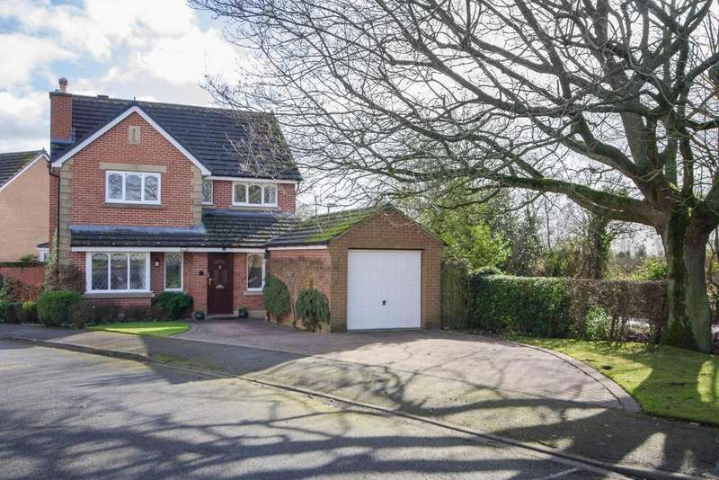 4 Bedrooms Detached House for sale in Stonefield Avenue, Easingwold, York