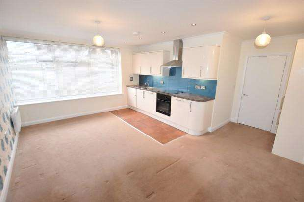 2 Bedrooms Apartment Flat for rent in 73a The Street, Ashtead, KT21