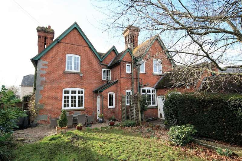 4 Bedrooms Detached House for sale in Church Road, Eardisley, Herefordshire, HR3