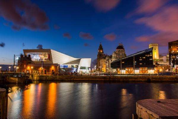 3 Bedrooms Property for sale in Liverpool Waterfront Apartments, Liverpool, L8 5SN
