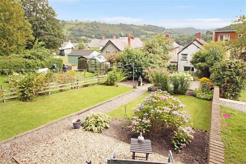 3 Bedrooms Cottage House for sale in High Street, Glyn Ceiriog