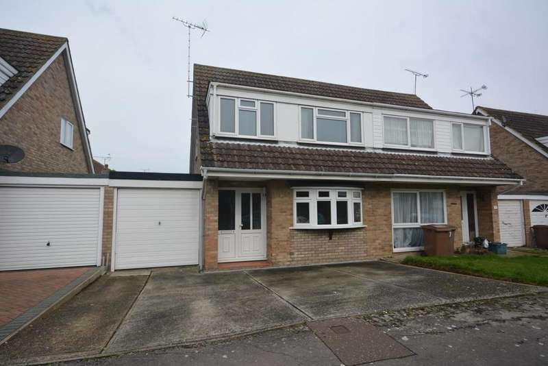 3 Bedrooms Semi Detached House for rent in Saltcoats, South Woodham Ferrers, Chelmsford, Essex, CM3