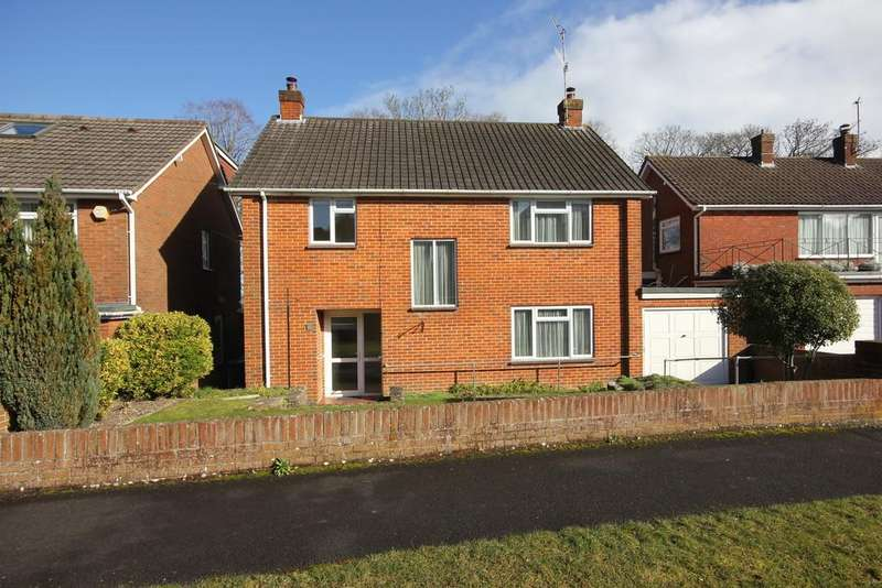 3 Bedrooms Detached House for sale in HIGHLANDS ROAD, SALISBURY, WILTSHIRE, SP2 8EG