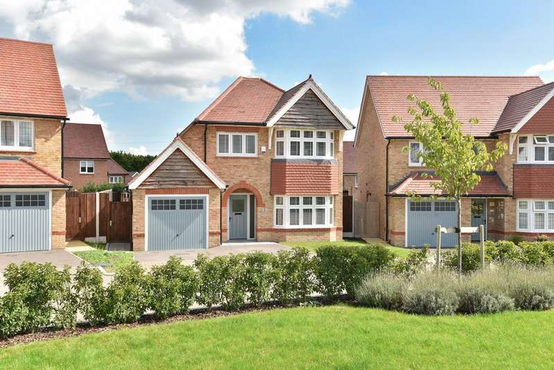 3 Bedrooms Detached House for sale in Stone Gardens, Halling