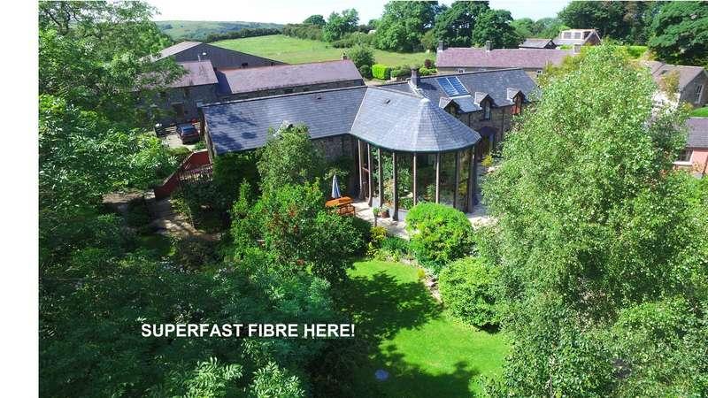 4 Bedrooms Detached House for sale in Heddfan, Llwyndafydd, Newquay, Ceredigion