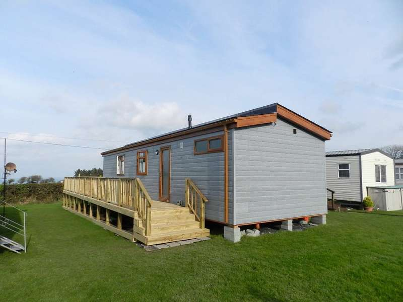 2 Bedrooms Detached Bungalow for sale in Tranquility, Dinas Country Club, Newport, Pembrokeshire