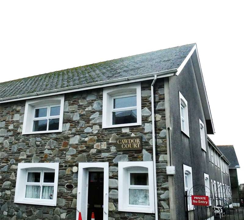 2 Bedrooms Flat for sale in Flat 24, Cawdor Court, Spring Gardens, Narberth